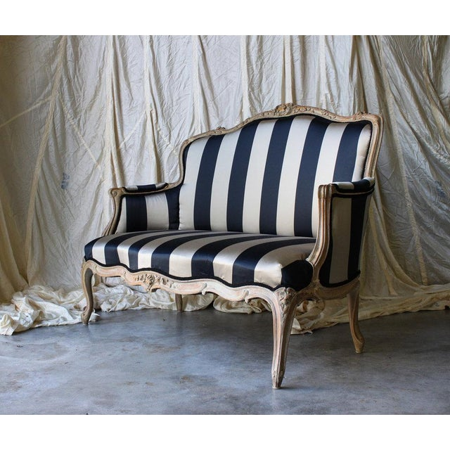 Cotton Vintage Louis Reupholstered Settee For Sale - Image 7 of 7