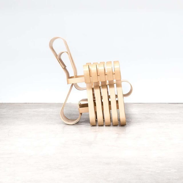 Boho Chic 1990s Vintage Frank Gehry for Knoll International Power Play Chair For Sale - Image 3 of 8
