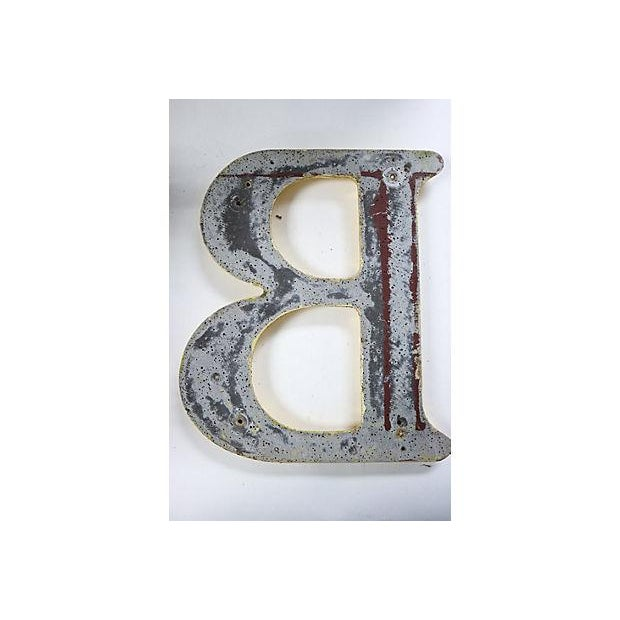 "Vintage English Pub Sign Letter ""B"" - Image 3 of 3"