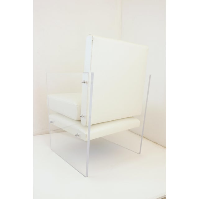 1950s Vintage Mid Century Modern Clear Lucite & White Upholstered Arm Chair For Sale - Image 5 of 13