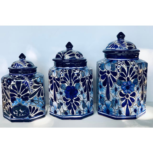 Vintage Mexican Hand Painted 'Amora' Talavera Pottery Canister Set With Lids - Set of 3 For Sale - Image 13 of 13