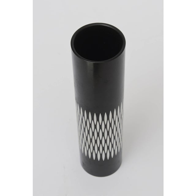 Mid-Century Modern Graphic Diamond Patterned Vase or Pen Holder For Sale - Image 3 of 8