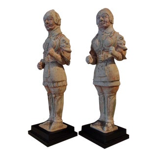 A Pair of Tang Dynasty Painted Pottery Soldiers For Sale