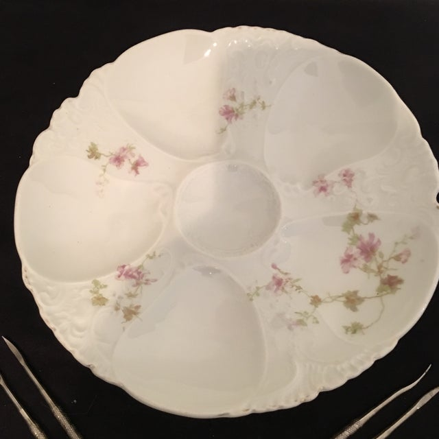 French Country Petite Hand Painted Oyster Plate With Silver Picks - 5 Pc. For Sale - Image 3 of 7