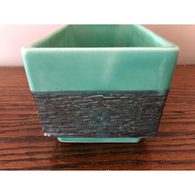 Mid 20th Century Final Markdown! Vintage Mid-Century Aborn H-1 California Green and Gray Pottery Planter For Sale - Image 5 of 8