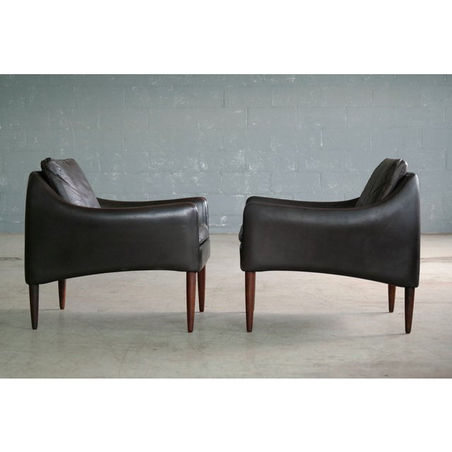Hans Olsen Pair of Danish Lounge Chairs in Brown Leather and Rosewood Legs For Sale - Image 9 of 13