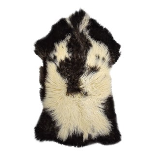 "Handmade Sheepskin Pelt - 2'4"" x 3'8"""