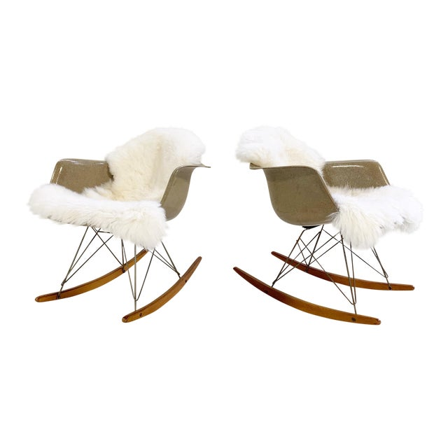 1950s Charles and Ray Eames for Herman Miller Rar Rocking Chairs - a Pair For Sale