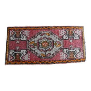 Vintage Small Turkish Rug 1′7″ × 3′3″ For Sale