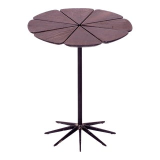 Richard Schultz for Knoll Mid Century Petal Side End Table For Sale
