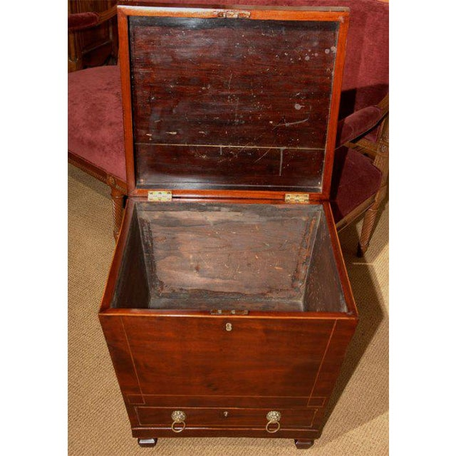 Wood 19th Century Inlaid Federal Mahogany Inlaid Wine Cellarette For Sale - Image 7 of 7