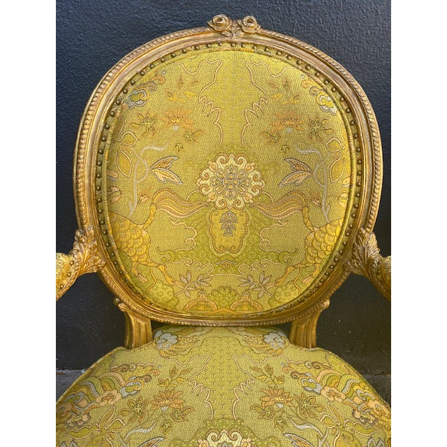 Traditional 19th C. English Giltwood Armchairs - a Pair For Sale - Image 3 of 13