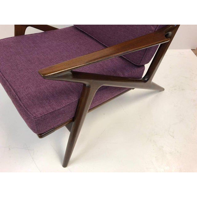 Selig Pair of Z Lounge Chairs by Poul Jensen for Selig For Sale - Image 4 of 7
