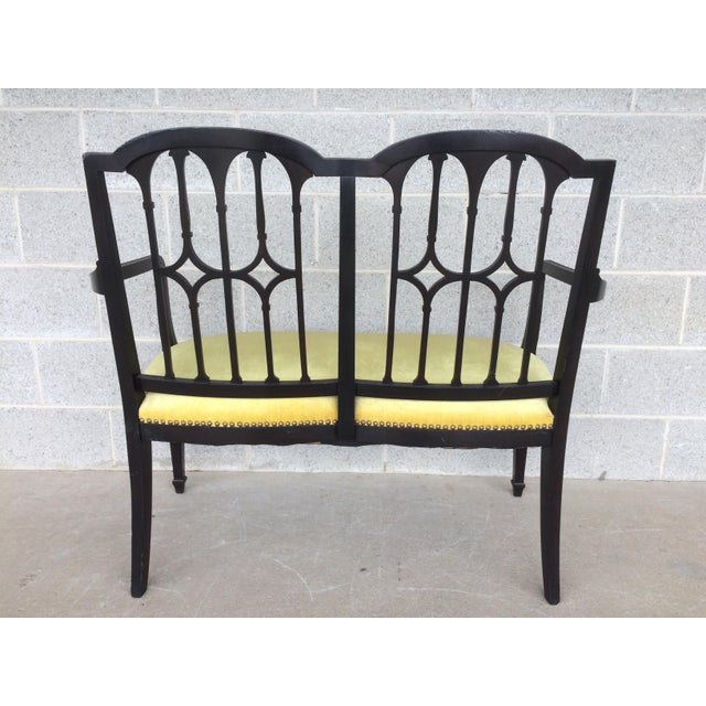 Vintage Federal Sheraton Style Dark Mahogany Settee For Sale In Philadelphia - Image 6 of 9