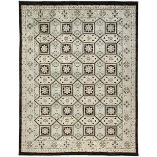 """Ziegler Hand Knotted Area Rug - 8'7"""" X 11'1"""" For Sale"""
