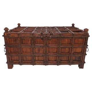 Antique 19th Century Damchiya Anglo-Indian Dowry Chest For Sale