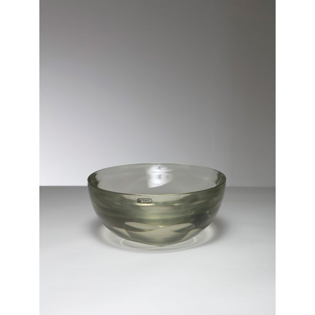Mid-Century Modern Large Murano Glass Bowl by Seguso For Sale - Image 3 of 3