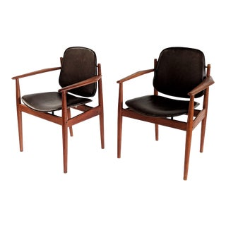1960s Vintage John Stuart Danish Modern Dining Arm Chairs- a Pair For Sale