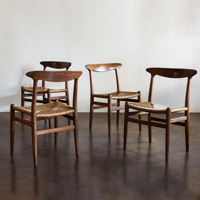 Hans Wegner Set of Four Model W2 Dining Chairs in Oak, Denmark, 1950s For Sale - Image 11 of 11