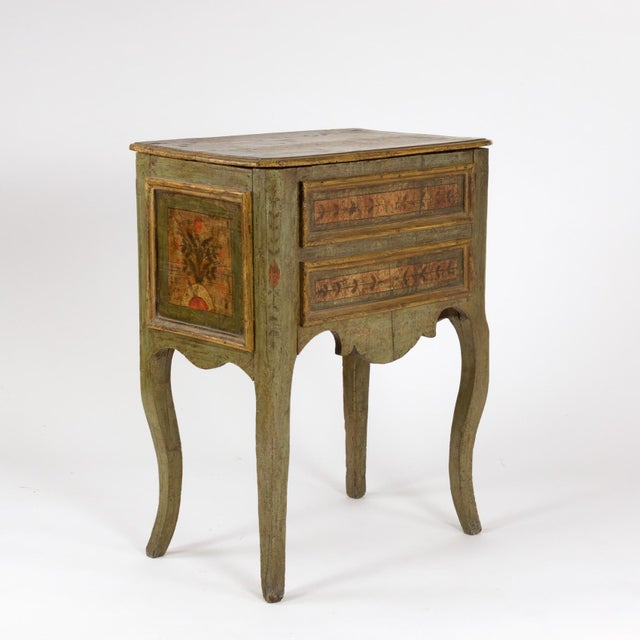 Early 18th Century A Painted Italian Commode, Circa 1720. For Sale - Image 5 of 13