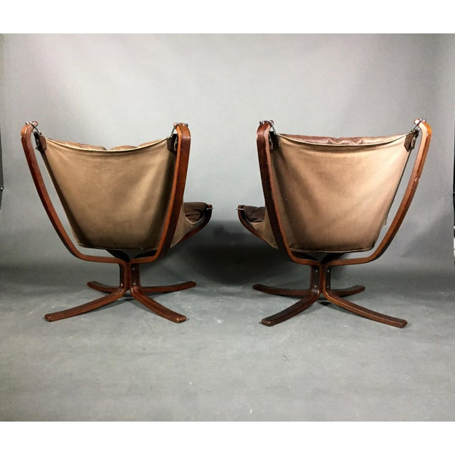 Pair Sigurd Ressell Low-Back Falcon Chairs, Norway 1970s For Sale - Image 9 of 11