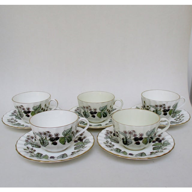 Vintage set of 10 Royal Worcester Lavinia pattern cups and saucers, with service for five. Light age and use wear to gilt,...