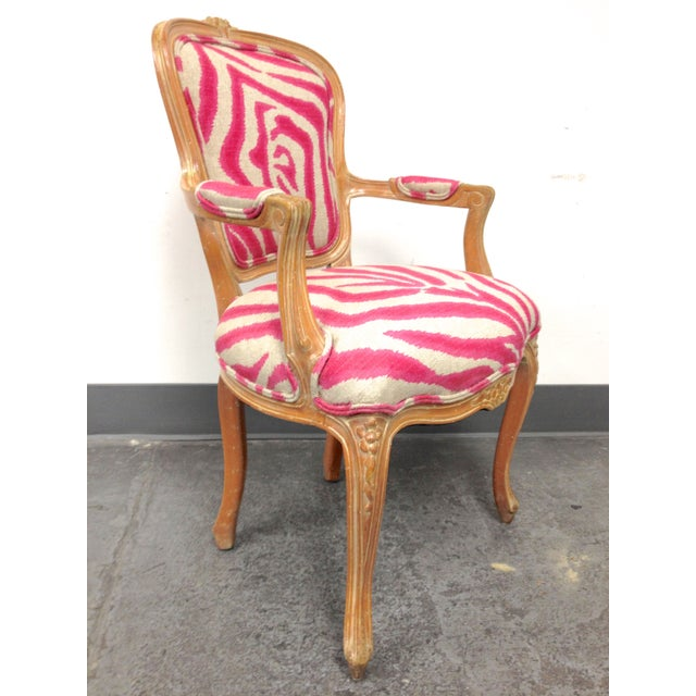 Design Plus of San Francisco brings us a freshly upholstered French Style side chair. Done in a fun pink and cream fabric,...