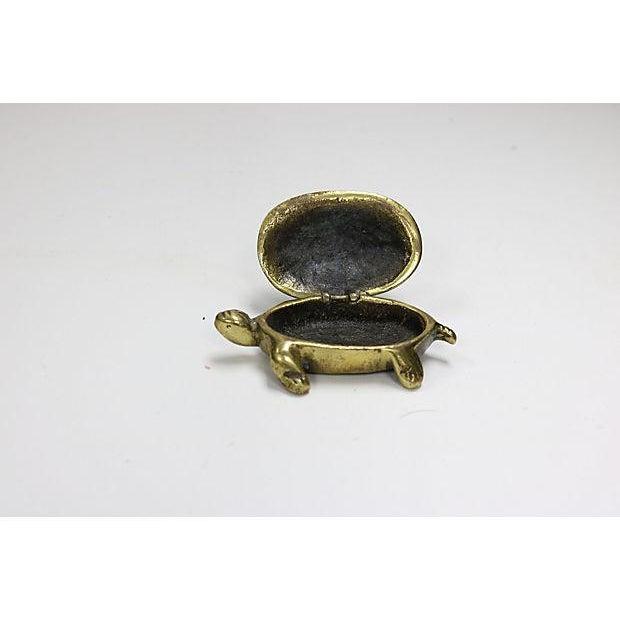 Antique English figural brass turtle match box. No maker's mark. Light wear.