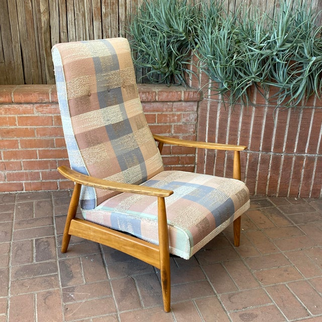 Mid-Century Modern Milo Baughman for James Inc Recliner Lounge Chair For Sale - Image 10 of 12