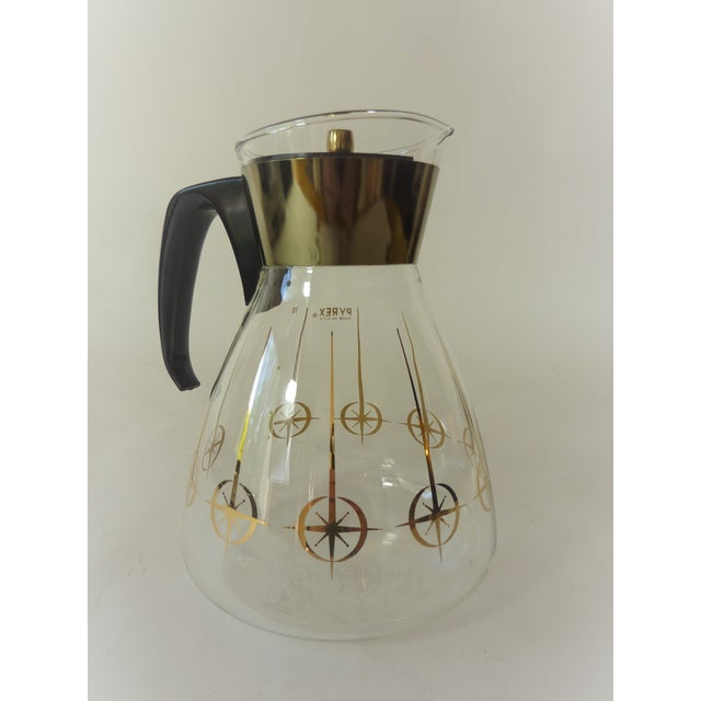 Vintage 1960's Pyrex Glass Gold Atomic Starburst Large Glass Coffee Carafe For Sale - Image 10 of 13