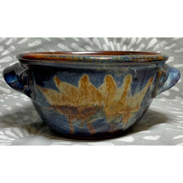 This is a wonderful hand crafted, durable ceramic bread baker bowl. Excellent starter pottery kitchen piece. This baker...