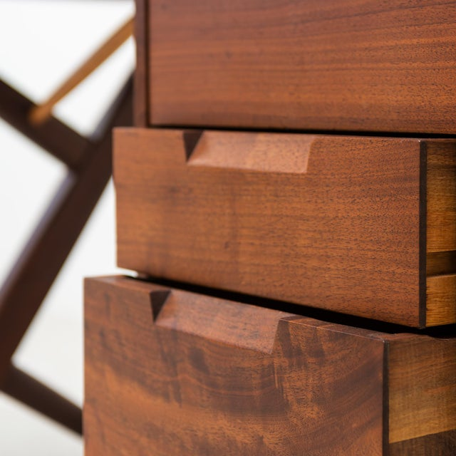 Conoid Cross-Legged Desk in American Walnut and Hickory by George Nakashima, New Hope, 1963 For Sale - Image 9 of 11