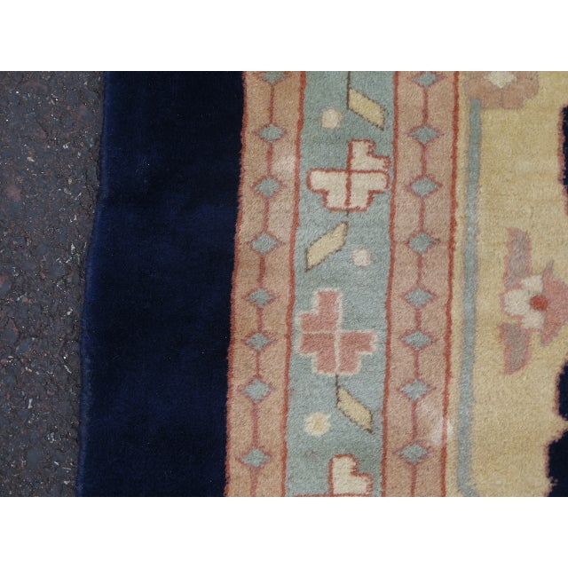 Persian Heriz Pattern Rug - 27' x 17' For Sale - Image 5 of 11