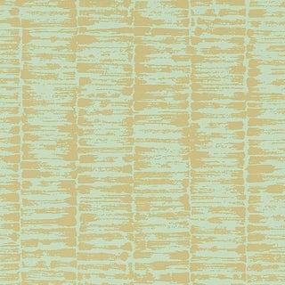 Sample - Schumacher Variations Wallpaper in Golden Leaf For Sale