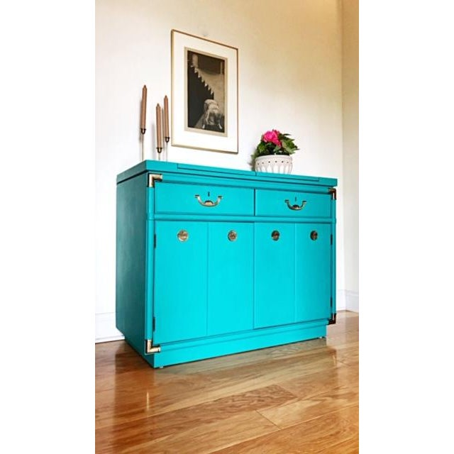 Take a look at this gorgeous Drexel buffet for the accolade collection that has been hand painted in Annie Sloan's...