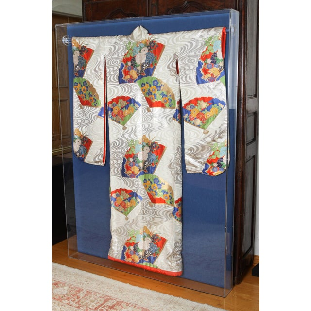Late 20th Century Japanese Ceremonial Kimono Framed in a Lucite Box For Sale - Image 5 of 7