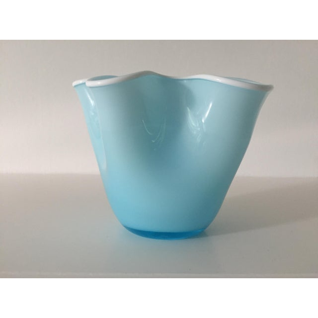 Amazing petite vintage Italian handkerchief vase in perfect condition. A beautiful pale blue exterior with pure white...