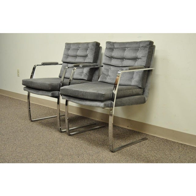Mid-Century Modern Pair Vintage Mid Century Modern Chrome Steel Cantilever Arm Chairs Baughman Style For Sale - Image 3 of 11