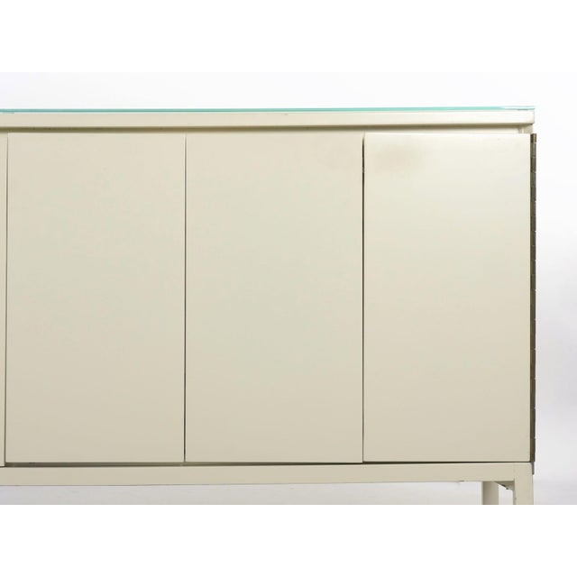 Vintage Modern White Lacquer Cabinet Credenza With Eight Drawers Circa 1980s For Sale - Image 6 of 13