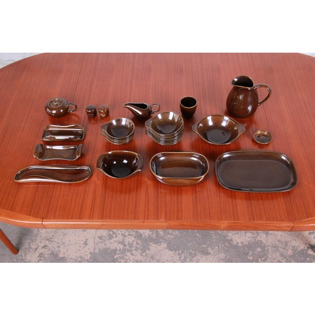 1940s Russel Wright for Steubenville Pottery American Modern 28-Piece Dinnerware Set For Sale - Image 13 of 13
