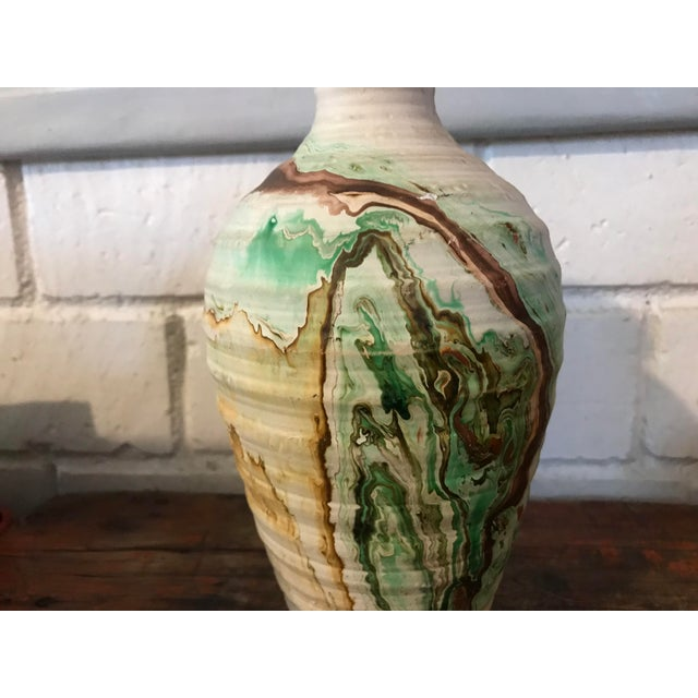 Nemadji Tall Green and Brown Swirl Vase For Sale In Los Angeles - Image 6 of 12