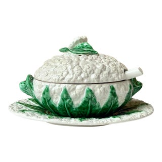 Vintage Majolica Cauliflower Lidded Soup Tureen and Under Plate With Ladle - Set of 4 For Sale