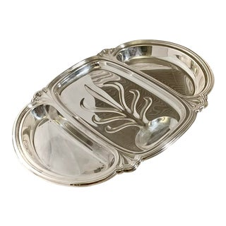 International Silver Silver Plated Three Section Ornate Footed Meat Serving Tray W/ Well For Sale