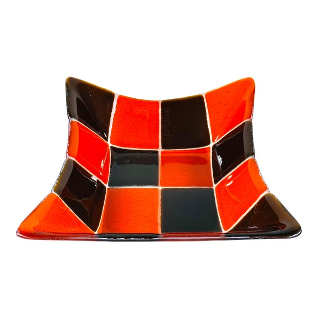 1970s Mid Century Modern Fused Art Glass Square Bowl in Red and Chocolate Brown For Sale
