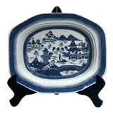 Image of Early 19th Century Chinese Export Blue and White Platter For Sale