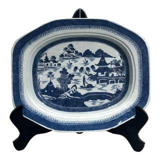 Early 19th Century Chinese Export Blue and White Platter For Sale