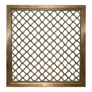 Early 20th Century Traditional Bronze Grille For Sale