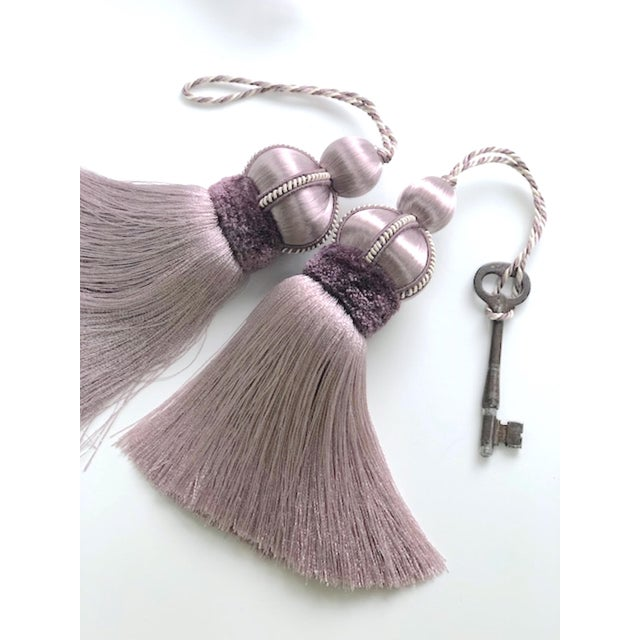 Lavender Key Tassel With Cut Velvet Ruche - a Pair For Sale - Image 4 of 12