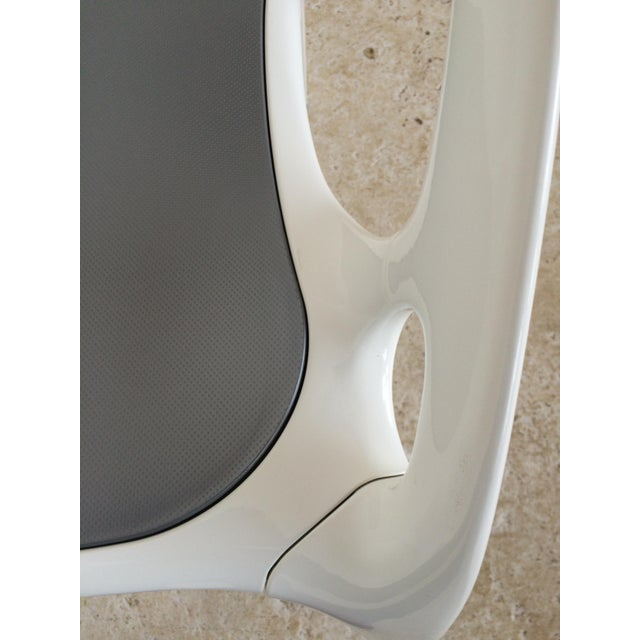"Ross Lovegrove White Lacquer ""Go"" Chair - Image 6 of 6"