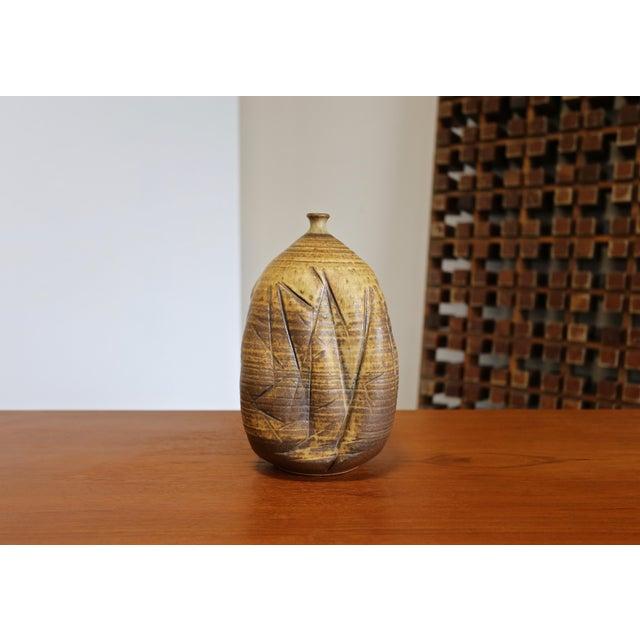 Ceramic Tim Kennan Ceramic Vase For Sale - Image 7 of 9